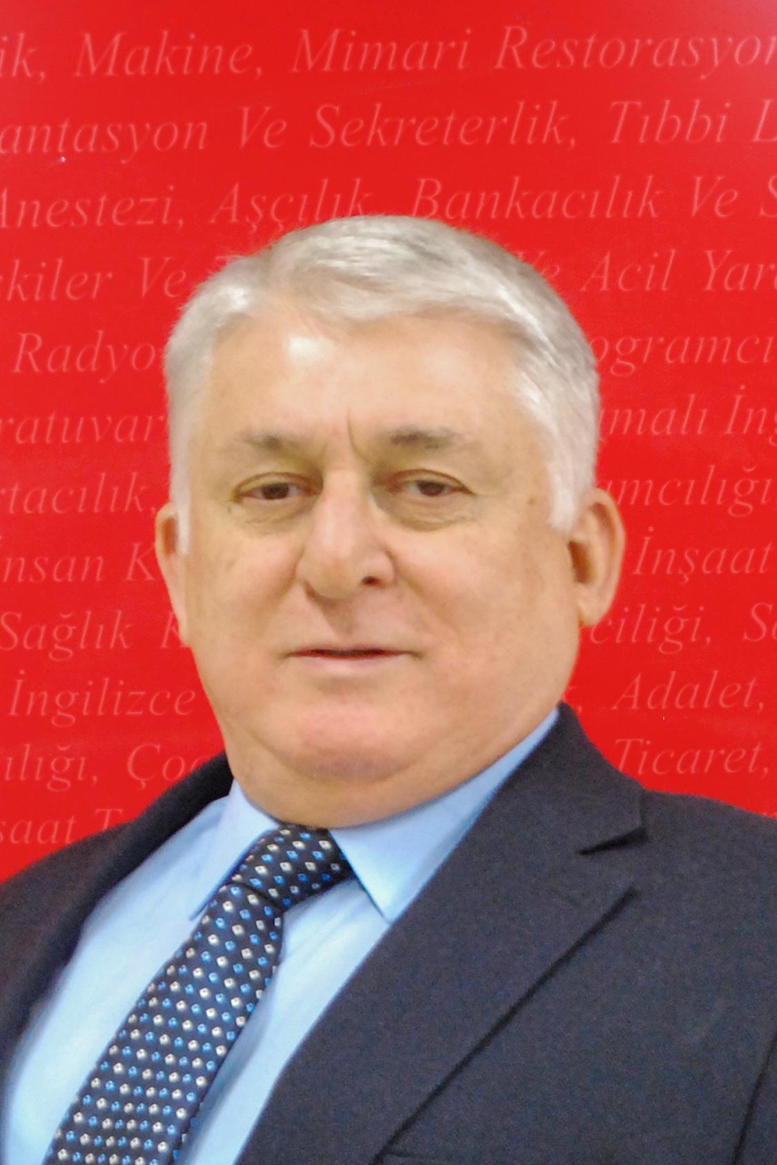 Doç.Dr. Kamil Uslu